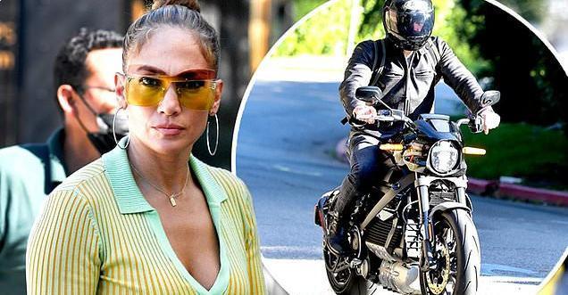 Jennifer Lopez and Ben Affleck reunite in LA after her Miami trip