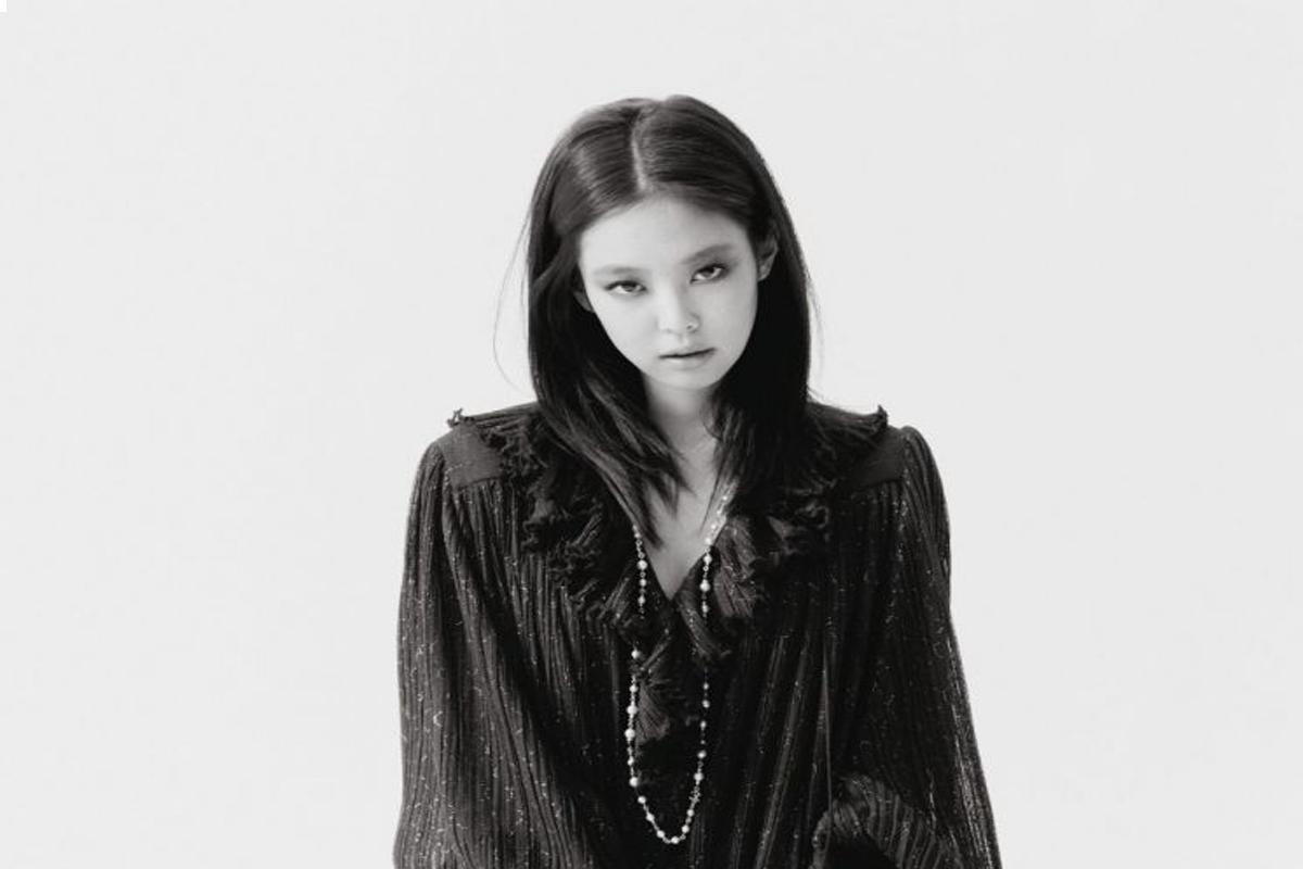 BLACKPINK's Jennie is a dark and moody muse in 'Harper's Bazaar'