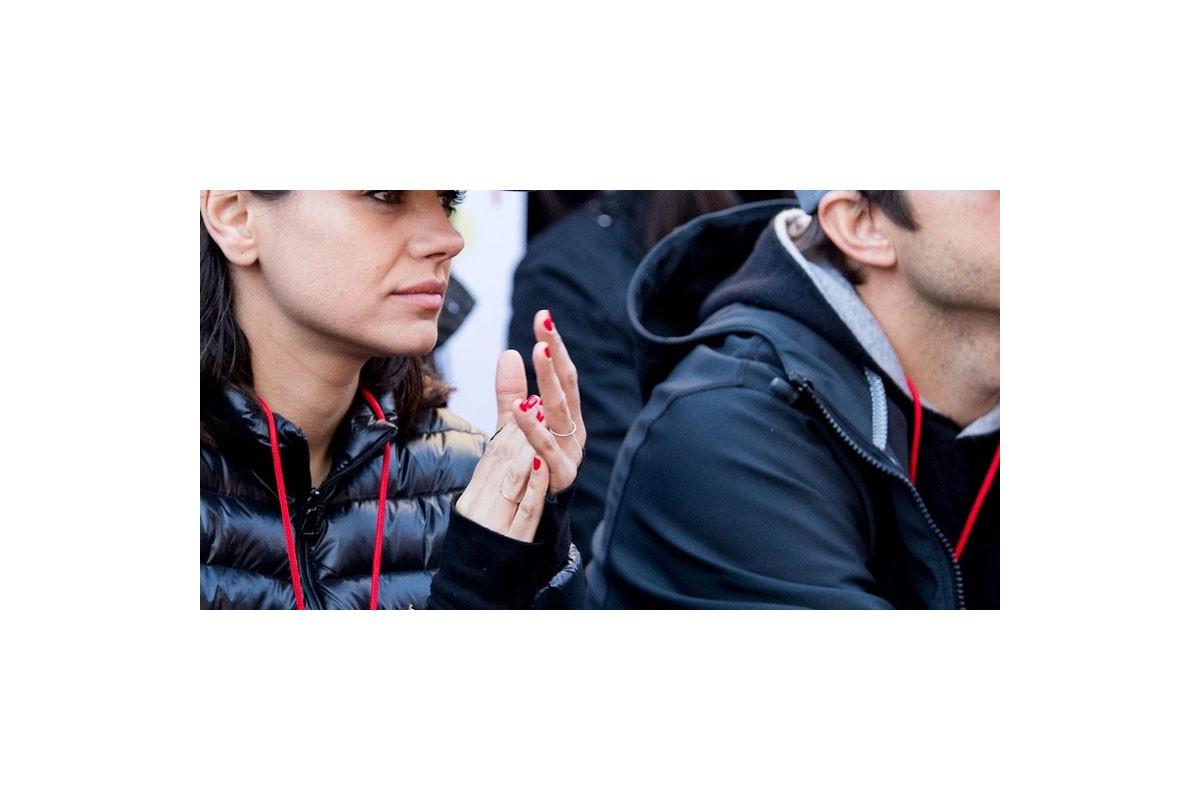 "Ashton Kutcher and Mila Kunis selling ""Quarantine Wine"" to help relief efforts"