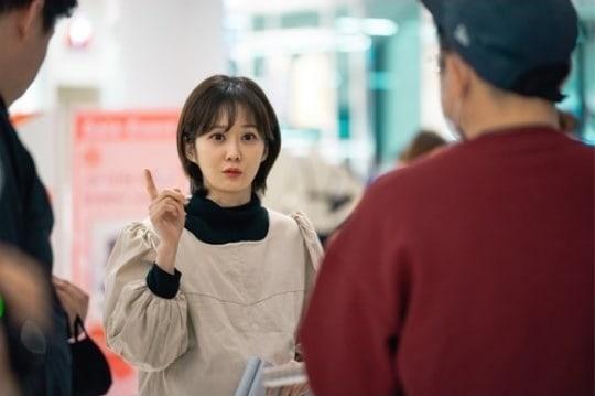 jang-nara-shows-passion-behind-the-scenes-of-oh-my-baby-1