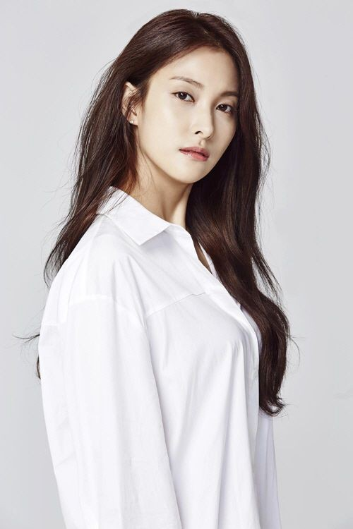 kara-gyuri-reported-having-gone-to-club-where-covid19-case-broke-out-1