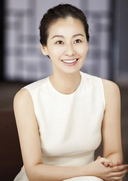 kim-hyun-joo-joins-talks-along-with-ji-jin-hee-and-lee-mi-yeon-for-jtbc-remake-of-bbc-series-undercover-3