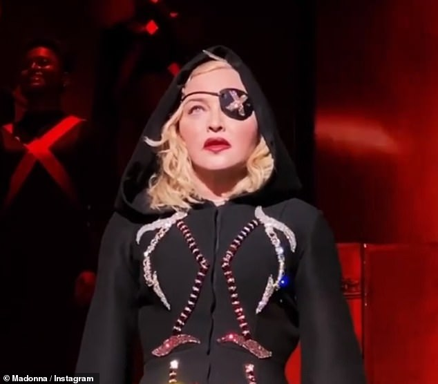 madonna-reveals-she-was-suffering-with-covid-19-2