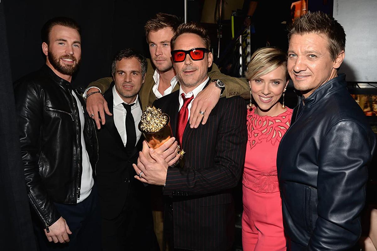 Chris Evans assembles 'Avengers' stars for virtual charity hangout