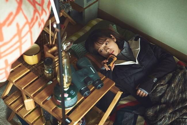 alive-reveals-park-shin-hye-yoo-ah-in-zombie-hiding-photos-7