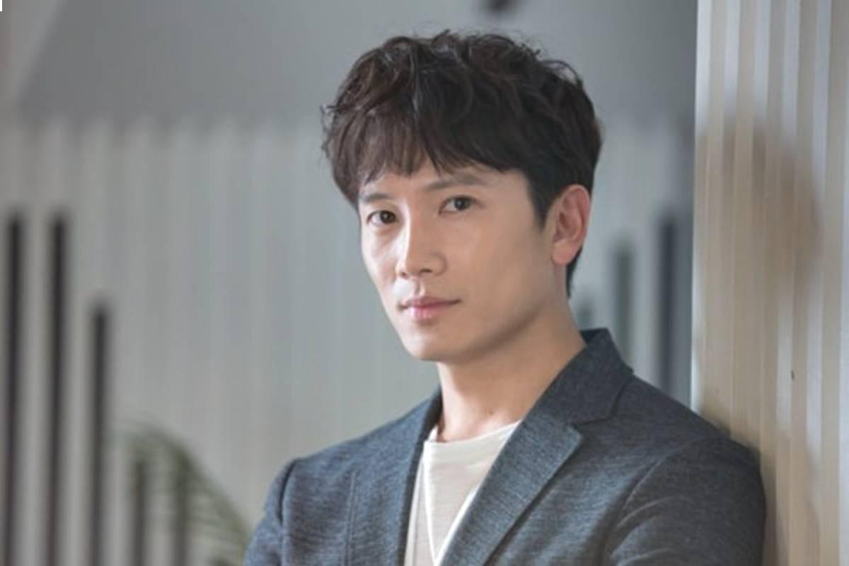 "Ji Sung considers to comeback in new drama ""Devil judge"""