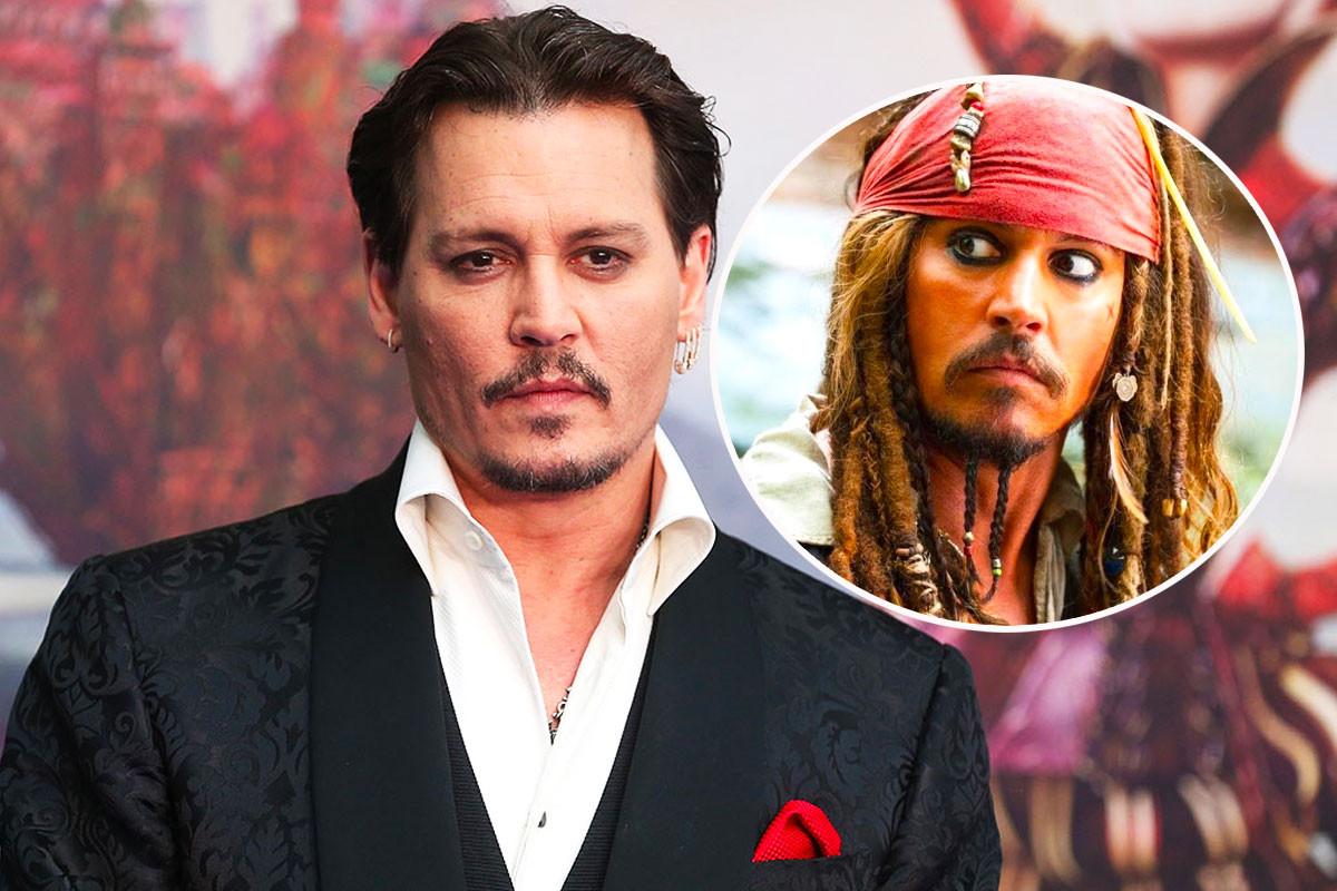 Johnny Depp Dresses As Jack Sparrow To Surprise Children's Hospital
