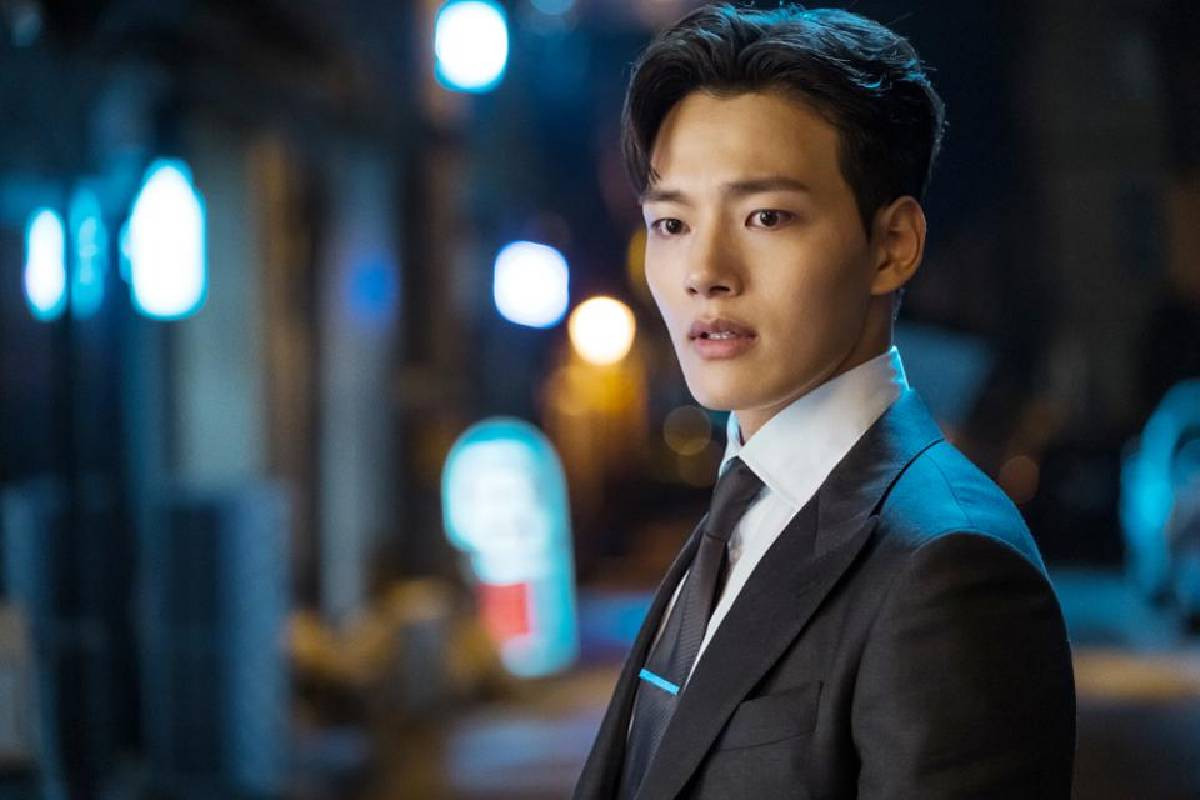 """Yeo Jin Goo shares thoughts about the most compatible actress partner on """"Access Showbiz Tonight"""""""