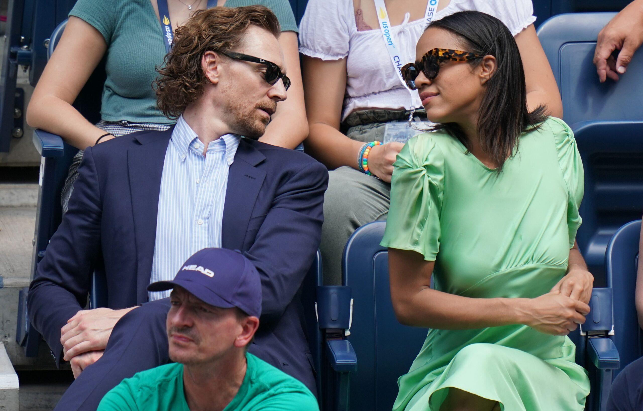Tom-Hiddleston-caught-moving-in-with-co-star-Zawe-Ashton-in-Atlanta-5