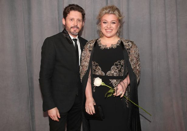 kelly-clarkson-to-be-stronger-after-splitting-from-her-husband-brandon-blackstock-3-3