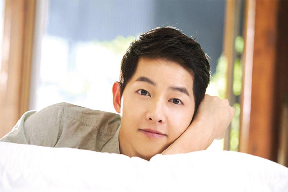 Song Joong Ki in talks to star in new tvN drama 'Vincenzo'