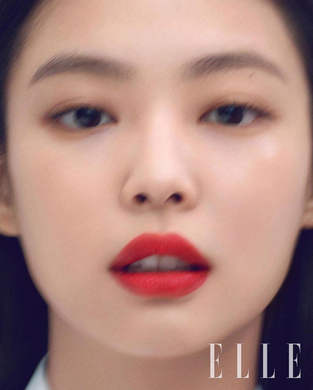 blackpink-jennie-shows-elegant-lip-colors-elle-2