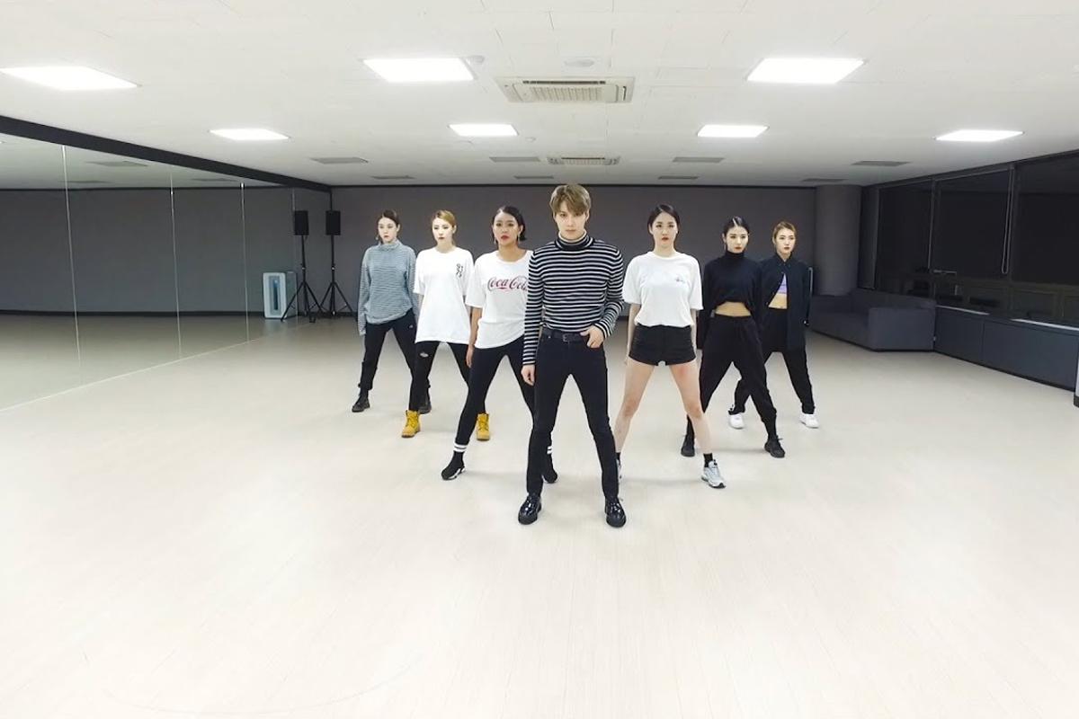 Korean netizens amazed by photos of SM Entertainment's practice room