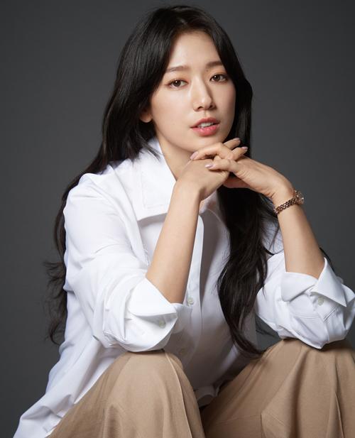 park-bo-young-park-shin-hye-donates-120-million-won-to-help-flood-stricken-people-in-south-korea-3