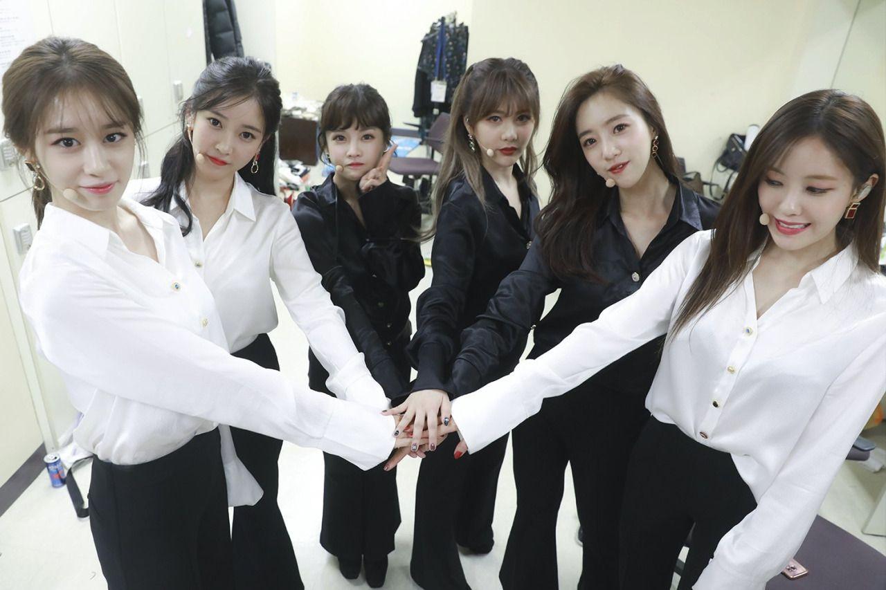 """李世英有心了T-ara成员发文庆祝出道11周年""""巨魔事件""""又引发讨论"""