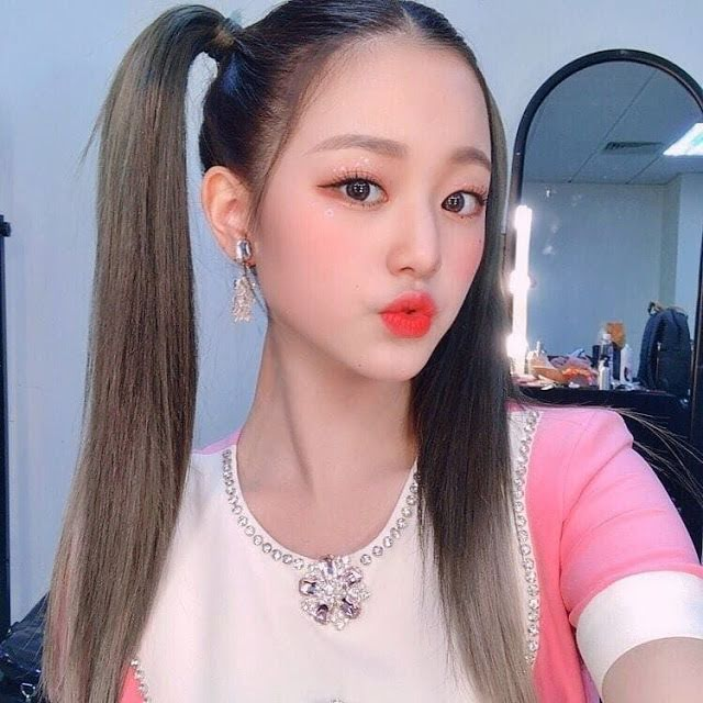 7-female-k-pop-idols-rocking-the-high-pigtail-look-that-seems-impossible-for-normal-people-to-pull-off-7