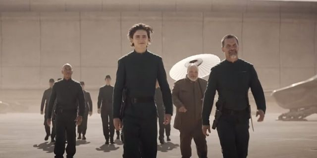 DUNE-First-Trailer-Dropped-With-Intimate-Kiss-Of-Timothee-Chalamet-4