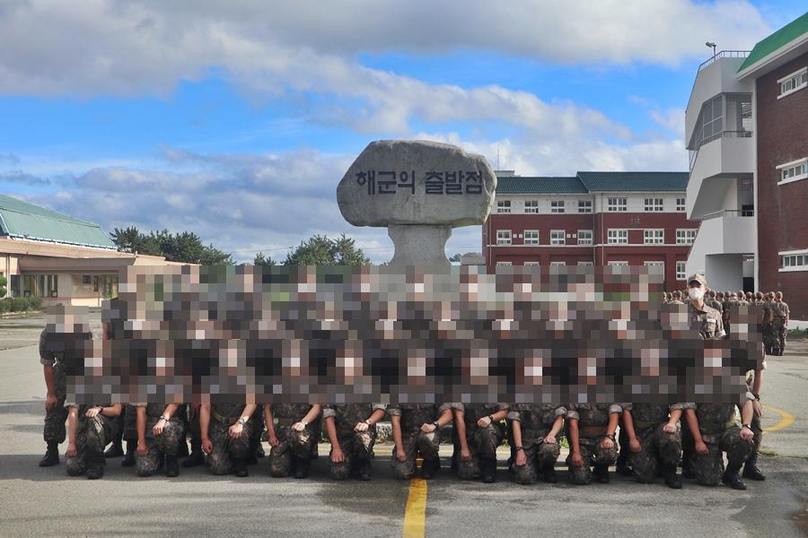 new-photo-of-park-bo-gum-inside-navy-training-camp-revealed-3