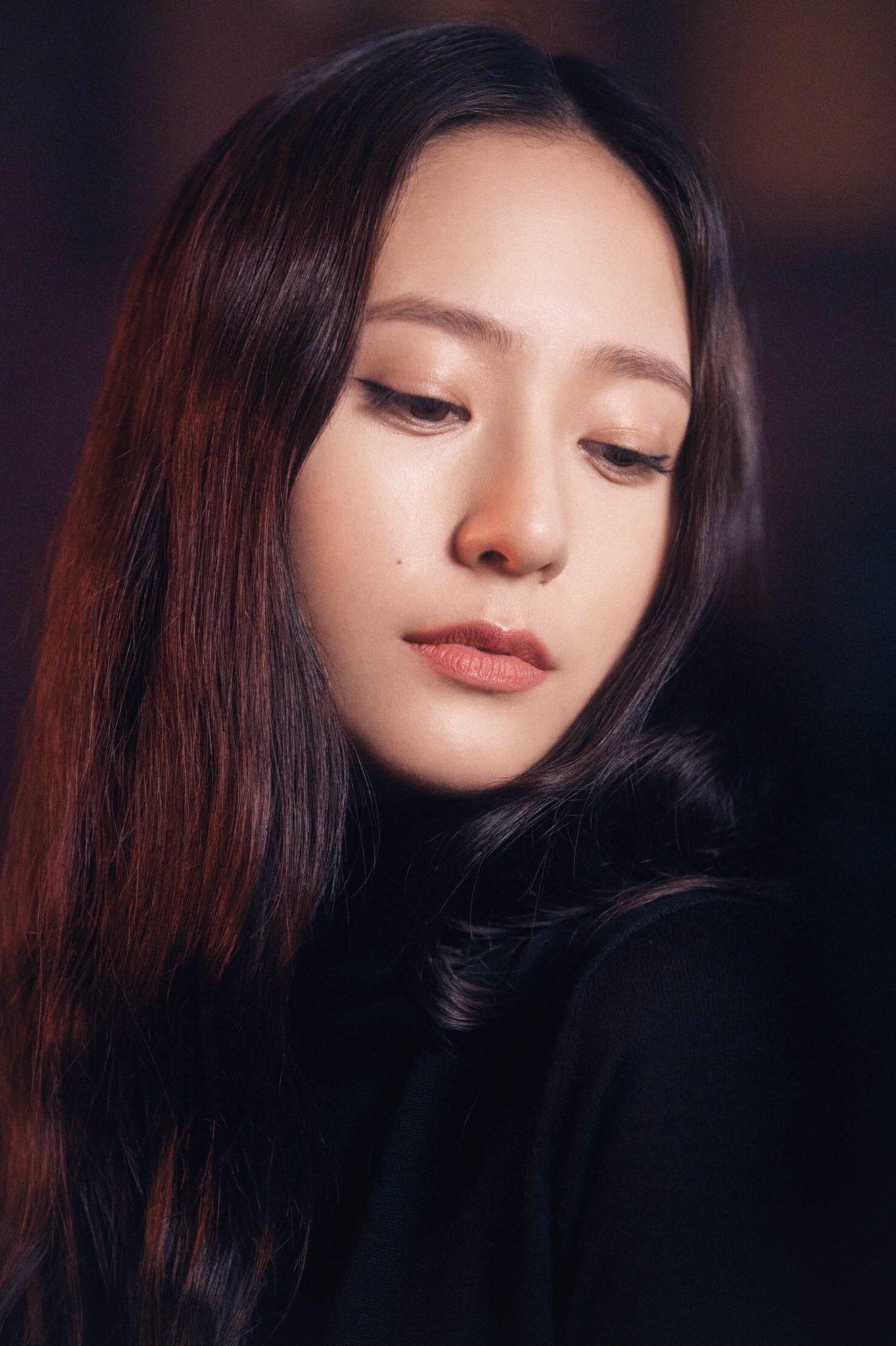 krystal-kim-woo-seok-clio-cf-3