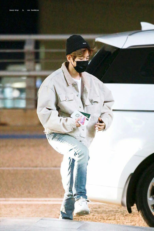 10-airport-outfits-exo-baekhyun-13