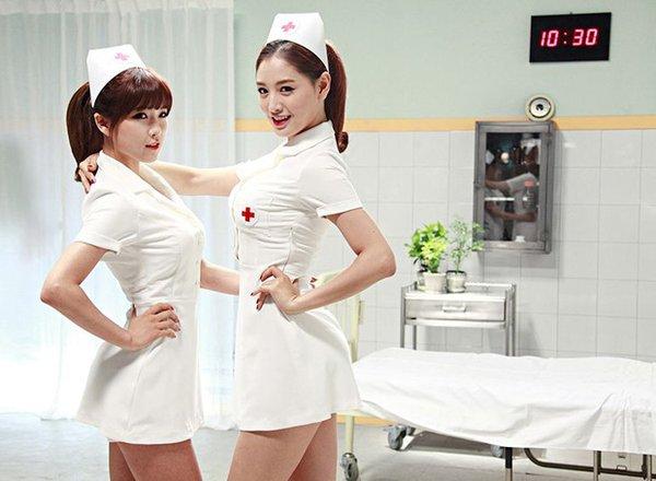 3-reasons-why-blinks-should-stop-criticizing-yg-for-deleting-jennies-nurse-scene-in-lovesick-girls-mv-04