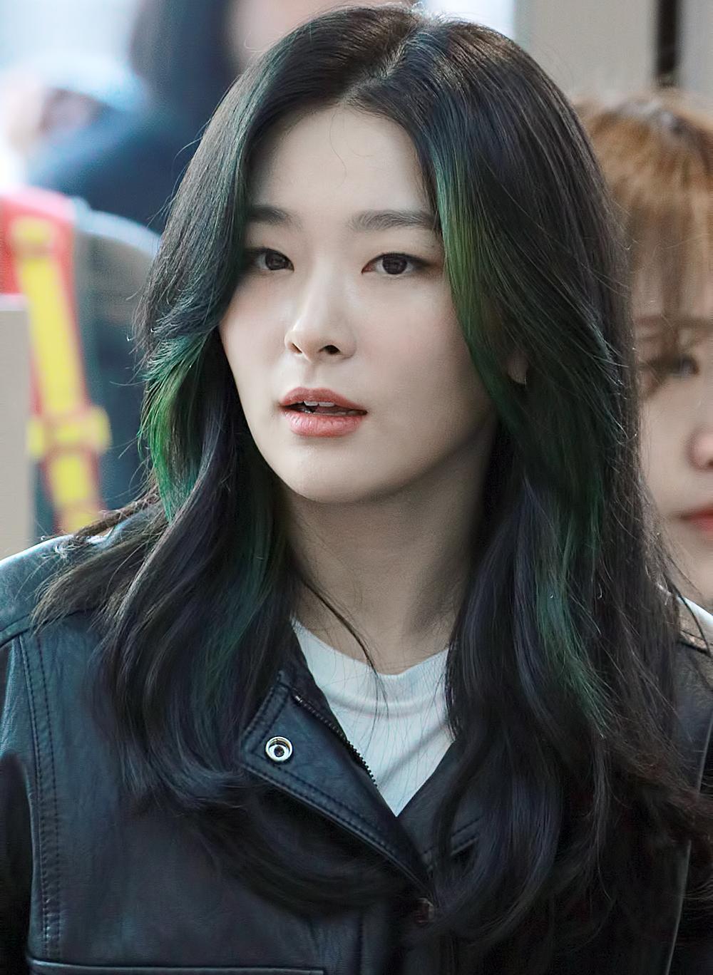 7-Beauty-Standards-For-K-Pop-Idols-Not-Appreciated-By-International-Fans-15
