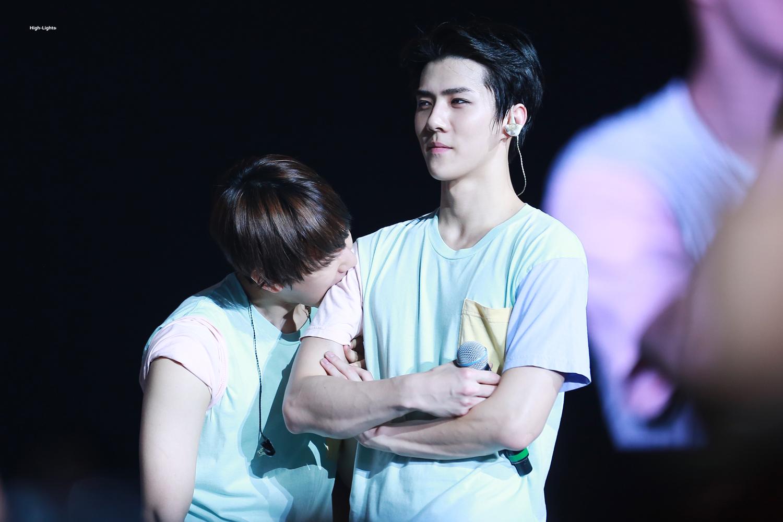exo-sehun-hyungdeul-close-relationship-17