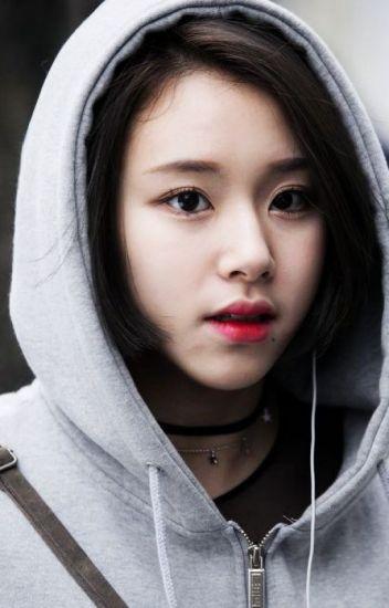5-k-pop-idols-have-beautiful-triple-eyelids-1