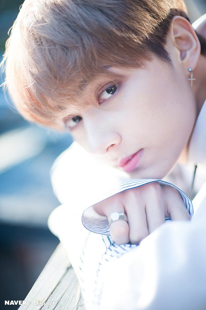 5-k-pop-idols-have-beautiful-triple-eyelids-7