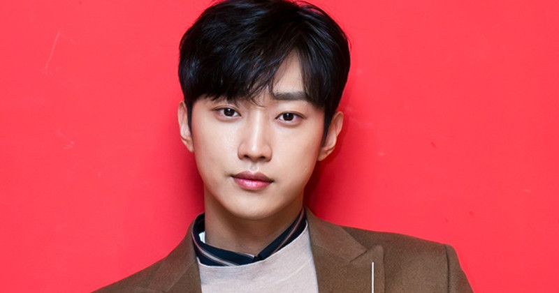 Jinyoung Offered Lead Role In New KBS Rom-Com Drama 'Police Academy'