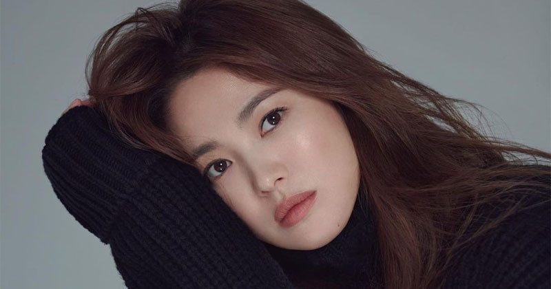 """This is The reason Why Koreans Call Song Hye Kyo As  A """"Moving Doll"""""""