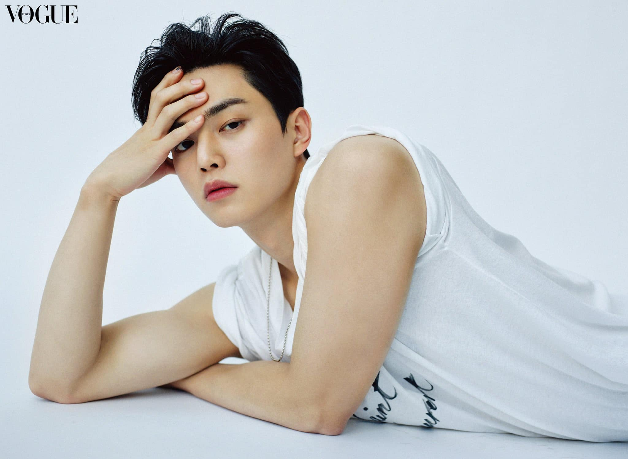 song-kang-exudes-subtle-masculinity-in-new-pictorial-with-vogue-korea-yves-saint-laurent