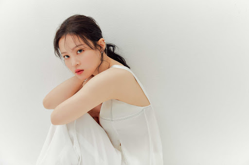 lee-hi-to-release-13th-ost-the-word-for-naver-webtoon-romance-101-on-march-14