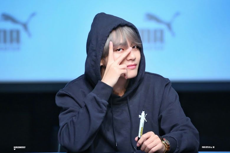 4-times-bts-make-their-fans-emotional-at-fansign-events