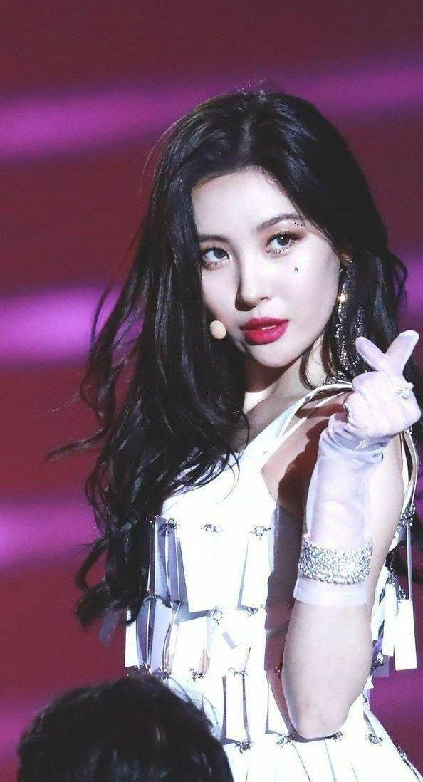 40-k-pop-female-idol-who-was-born-in-may-and-made-it-a-blessed-month