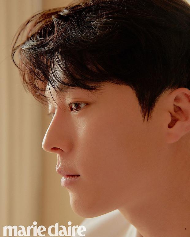 Nam thần điện ảnh mới đến từ YG Jang Ki Yong: Na ná Hyun Bin, trùng hợp sắp yêu Song Hye Kyo, nghi chen vào cặp đôi Reply 1988 - Ảnh 7.