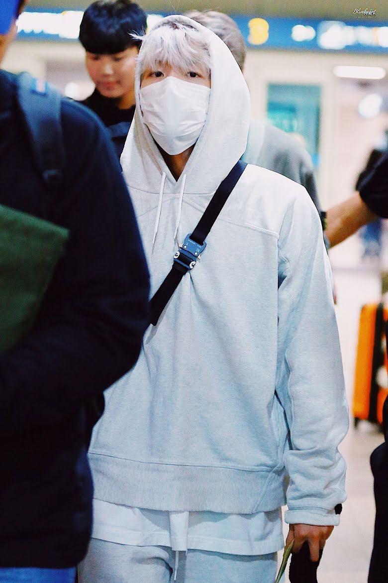 10-airport-outfits-exo-baekhyun-3