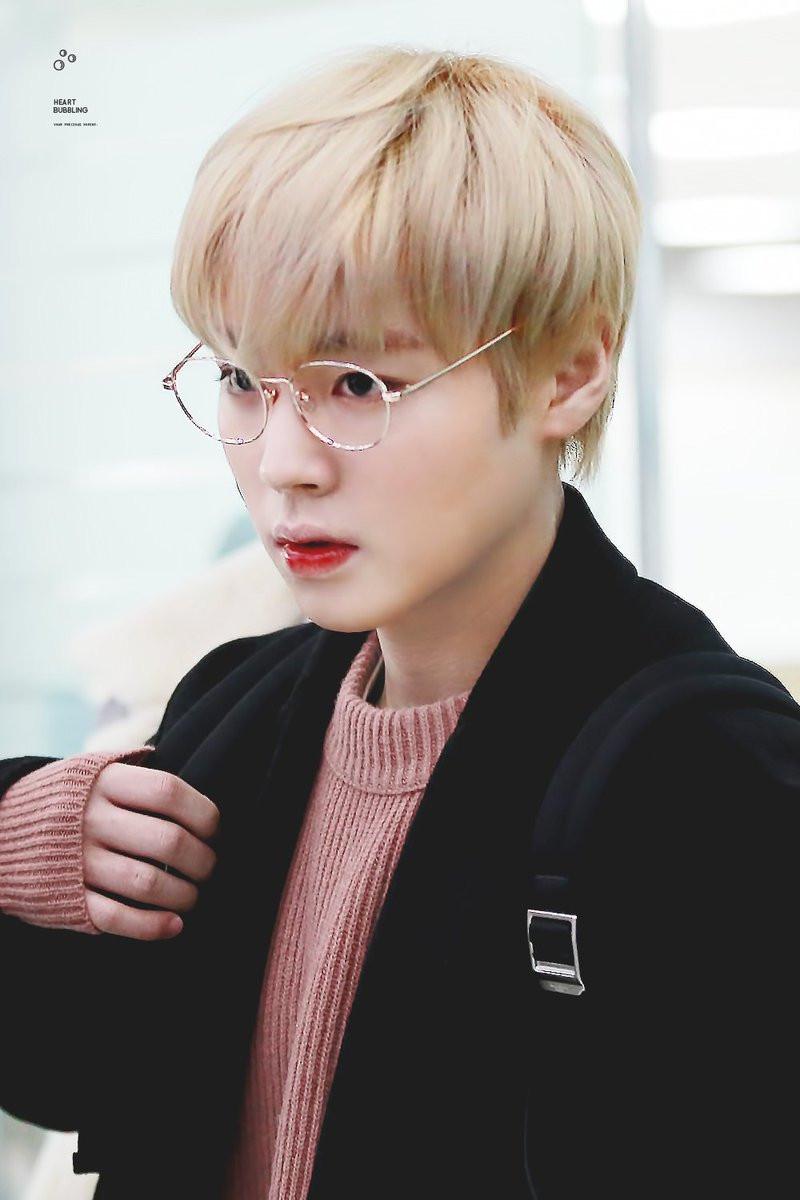 15 K-pop Male Idols Who Amazingly Slays with Blonde Hair